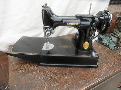 vintage singer simanco featherweight sewing machine made in 1947 us (canada)