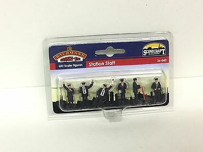 Bachmann 36-043 OO Gauge Station Staff