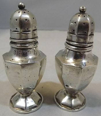 Antique Pair Of Edwardian Sterling Silver Pepper Pots Pepperettes Chester 1907