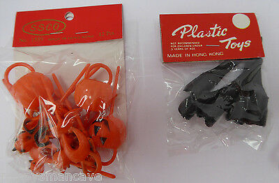 1960's UNOPENED HALLOWEEN BLACK FINGER NAILS & CAKE DECORATIONS~free shping