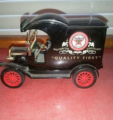 Gearbox  Texaco 1912 Ford Delivery Car Replica Bank