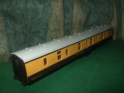 Lima Br Mk1 Full Brake Coach Chocolate/cream Body Only - No Bogies
