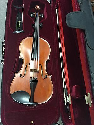 """16"""" VIOLA MusArt """"The Florence"""" Model FL140-16 With Case & one Bow"""