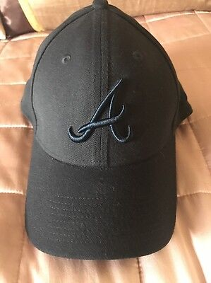 Atlanta Braves Baseball Cap Black New Era 39thirty Size Medium Large