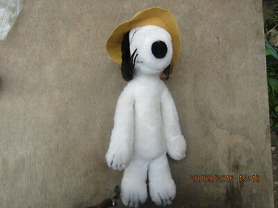 Vintage Snoopy Plush Soft Toy  31 cms  Tall 1968 United Feature Syndicate inc