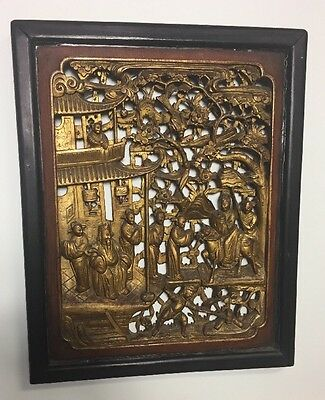 ANTIQUE 19TH CENTURY CHINESE CARVED GILT WOOD Temple SCENE PLAQUE
