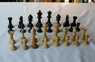 Vintage boxed set of K&C Large Staunton Chess Pieces (Kings are 7.5cm tall)