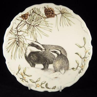 Royal Albert 'Winter Harmony' Badger & Cub Country Walk Display Plate 1987