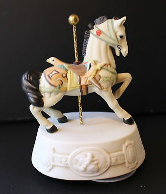 """Vintage Willitts Melody Music Box Carousel Horse """"Carousel Waltz"""" 8974"""