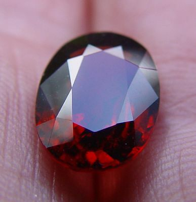 Spinelle rouge 5.03 carats
