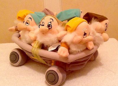 Snow White Seven 7 Dwarfs mine jewel cart soft plush toys RARE 1997 DISNEYLAND