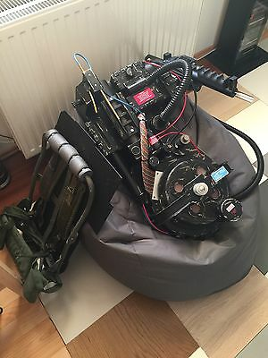 GHOSTBUSTERS Proton Pack - w.lights and sounds