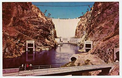 BELOW THE HOOVER DAM *UNION PACIFIC vintage postcard #001 *FREE FAST SHIPPING!
