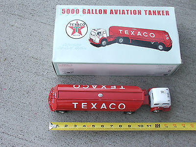 1st First Gear 1953 TEXACO 5000 Gallon AVIATION TANKER 1:34 UNOPENED # 19-2202