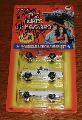 Dukes of Hazzard 1997 Ertl Diecast 3-Vehicle Action Chase Set 2 Cast Autographs