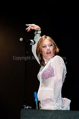 Cerys Matthews performing with Catatonia at Reading Rock photo picture print art