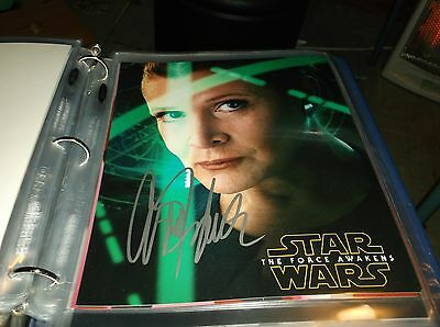 Star Wars The Force Awakens Autograph Photo Signed by Carrie Fisher (Leia)