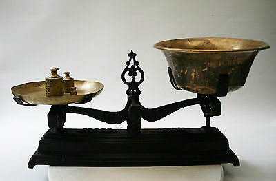 Dutch Grocery Scale by Force c 1900