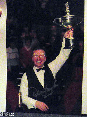 Dennis Taylor Hand Signed Snooker Photo. authenticated picture WOW