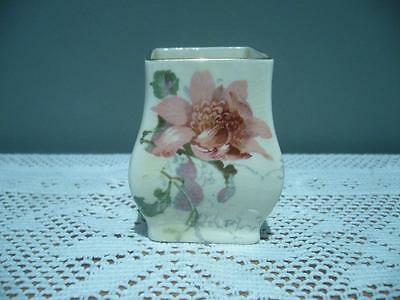 Royal Doulton England Lovely Miniature Vase - Pink Flowers - D5099 - Good Cond