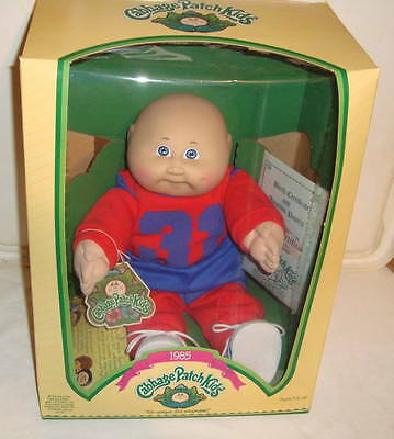Cabbage Patch Kids Mib Bald Boy With Football Outfit Doll Coleco 1985