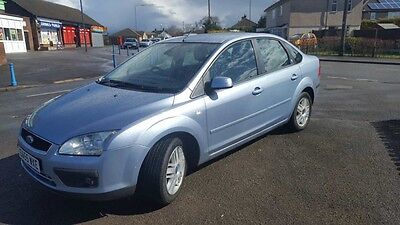 Ford Focus Ghia 1.6 low mileage