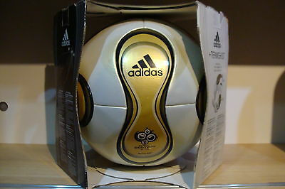 Adidas Teamgeist Berlin Final WM Finale 2006 Germany Official Matchball OMB