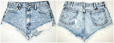 VINTAGE! Women's Wrangler Denim Cut Off Short Shorts USA Made Size 34 Waist