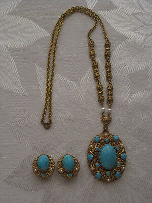 Vintage Gold Tone & Turquoise Clip Earrings & Matching Pendant W/ Chain