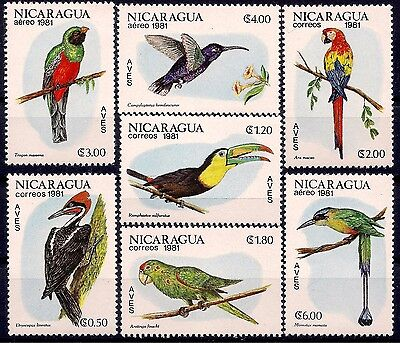 Nicaragua 1981 Birds Parrot Mac​aw Sabrewing Trogon Crowned Woodpecker Toucan **