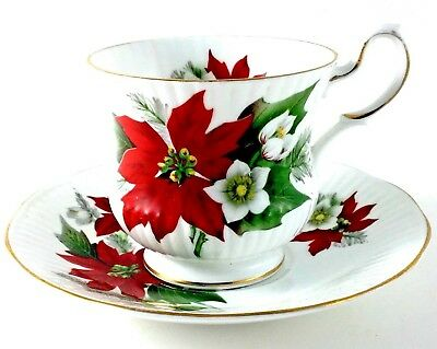 Queens Teacup And Saucer Fine Bone China Rosina Made In England Poinsettia GoldT