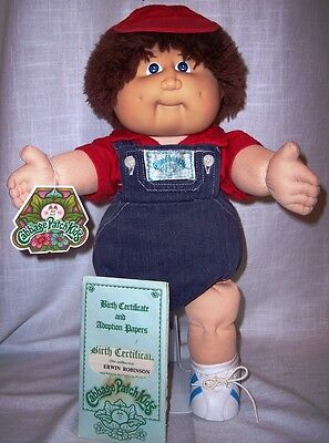 Coleco 1983 Cabbage Patch Kid/Brown/Fuzzy Hair/Freckles/Birth Certificate/H Tag