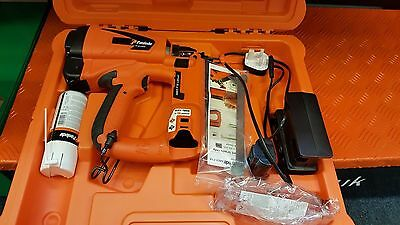 Paslode IM65 F16 Finish Nailer (2nd) with Free Battery, Cleaning Kit & Brads