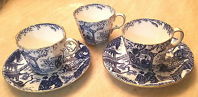Mikado 3 Teacups ans 2 Saucers  Royal Crown Derby (Mixed)