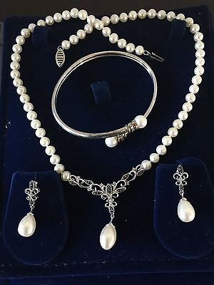 10K White Gold Pearl and Diamond Necklace with Matching Earrings and Bracelet