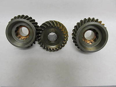 839027 Volvo Penta Marine Stern Drive Upper Unit Gear Set Aquamatic