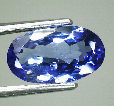 Tanzanite Splendida Naturale In Blister Block D Ct.0,70 Ovale  Vs 1