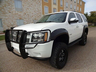 2010 Chevrolet Tahoe LT 2010 CHEVROLET TAHOE LT 4X4 SUV 5.3L FLEXFUEL V8 ENGINE NICE WHEELS AND TIRES.
