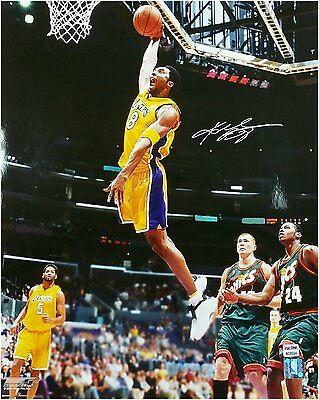 Kobe Bryant Hand Signed Autographed 16x20 #8 Vintage One Hand Big Dunk PSA/DNA