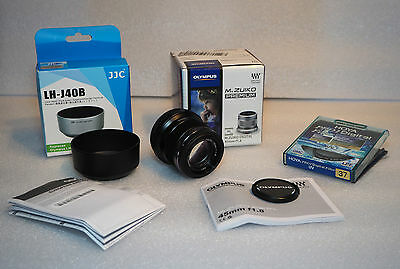 Olympus M.ZUIKO DIGITAL 45mm 1:1.8  BLACK micro four thirds lens NEW + Extras