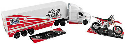 NewRay 1:32 Scale Rig Gift Set Chad Reed 22