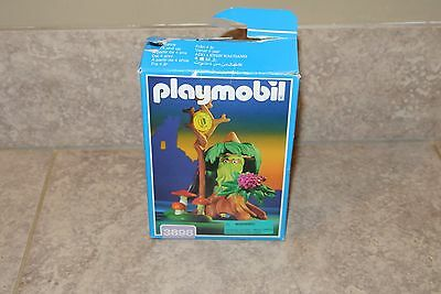 Playmobil #3898 MEDIEVAL MAGIC - TREE STUMP GOBLIN 1997 Loose Excellent Cond