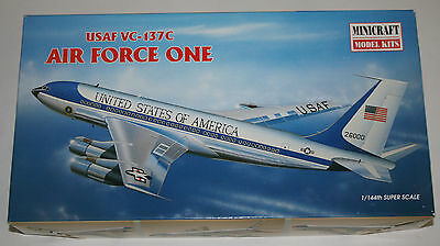 Model Kits Minicraft - 14457 - Air Force One - USAF VC-137C 1:144 Bausatz in OVP