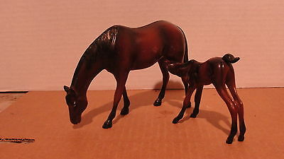 Vintage? Hartland Mare And Colt Collectable Toy Horses
