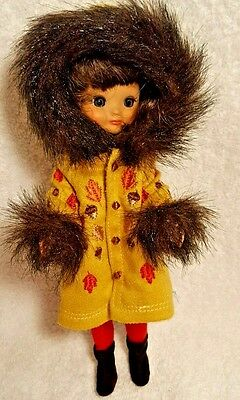 """Tonner Tiny Betsy McCall 8"""" Doll Blustery Days Autumn Coat"""