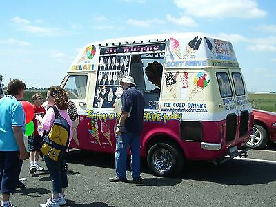 ICECREAM VAN Original 1977 Bedford Ice Cream Van Carpigiani Soft Serve Machine
