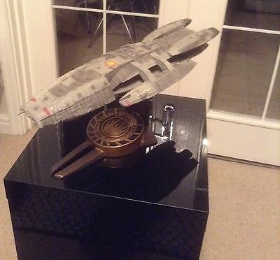 "Diamond Select Battlestar Galactica ""Battle-Damaged"" Resin Statue 169/1000"