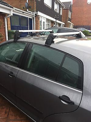 vw golf plus roof bars and box (Thule)