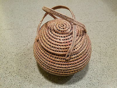 vintage Mexican basket with handles
