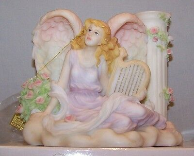 """Seraphim Angels. """"clarissa. Celestial Sounds"""" Limited Edition. Closed."""